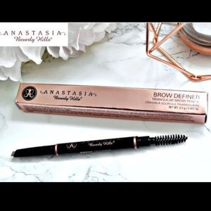 🔥✨ Anastasia Beverly Hills Brow Definer chocolate